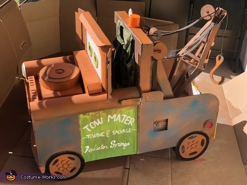 Jacket glued to mater, Tow Mater Costume