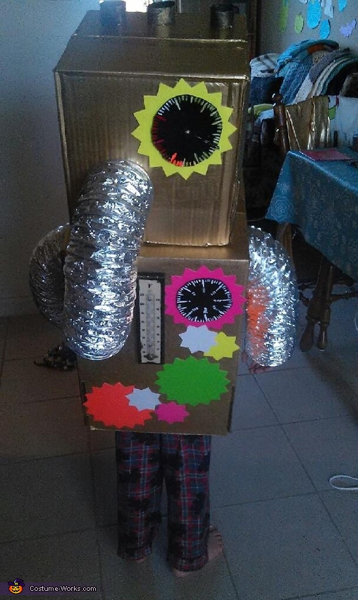 Toy Robot (back), Toy Robot Costume