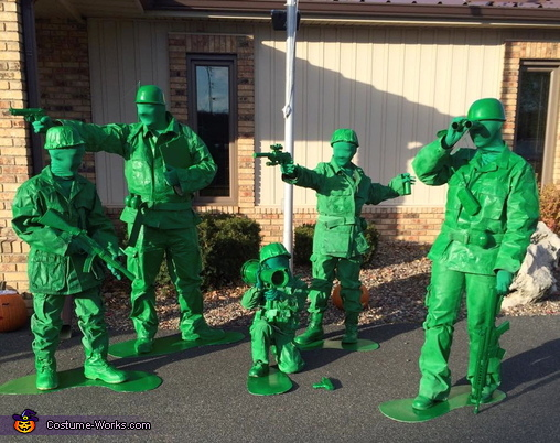 Toy Soldiers Family Costume