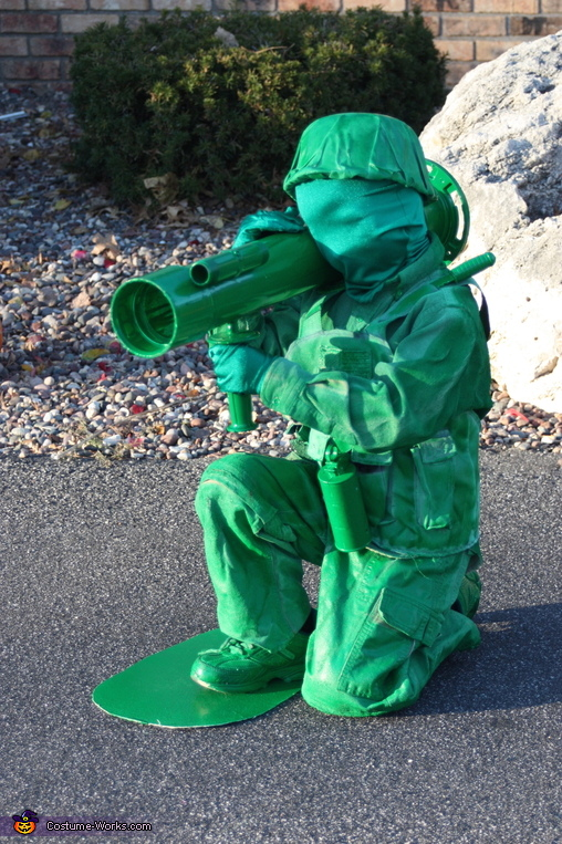 Bazooka Soldier, Toy Soldiers Family Costume