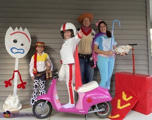 Family of 4 Toy Story 4 Costume