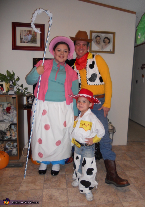 Toy Story Family - Homemade costumes for families