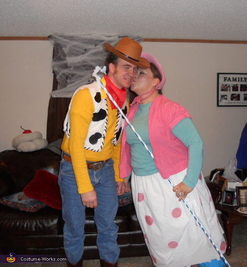 Always embarrased Woody!, Toy Story Family Costume