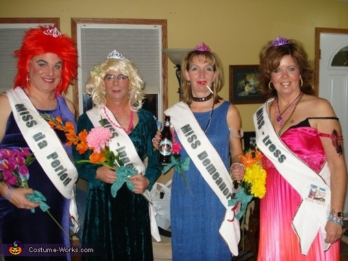 Trailer Trash Beauty Queens Group Costume