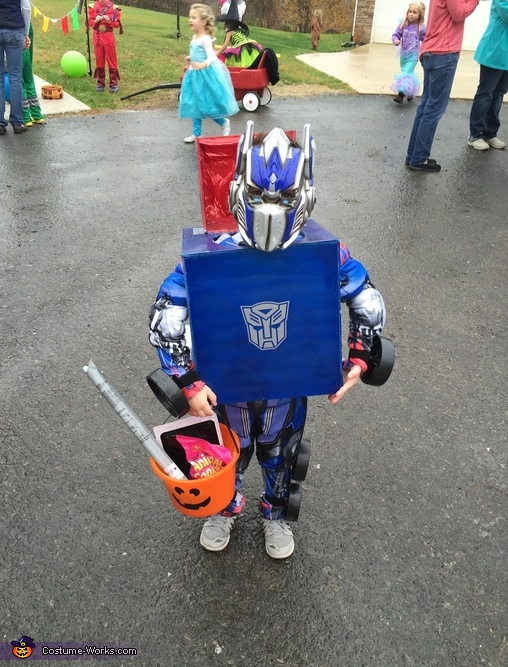 Optimus Prime, Transforming Optimus Prime Costume