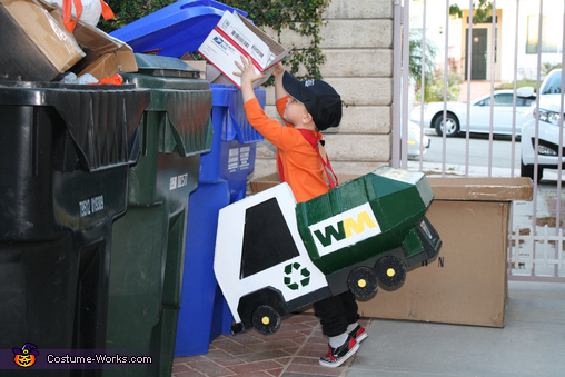 Recycle! , Trash Man Costume