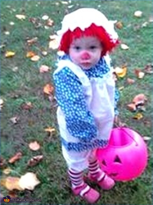 ...all ready for Trick -r-Treat here, Rag Doll Costume
