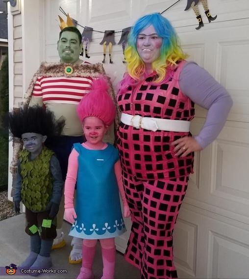Trolls Bergens Family Costume