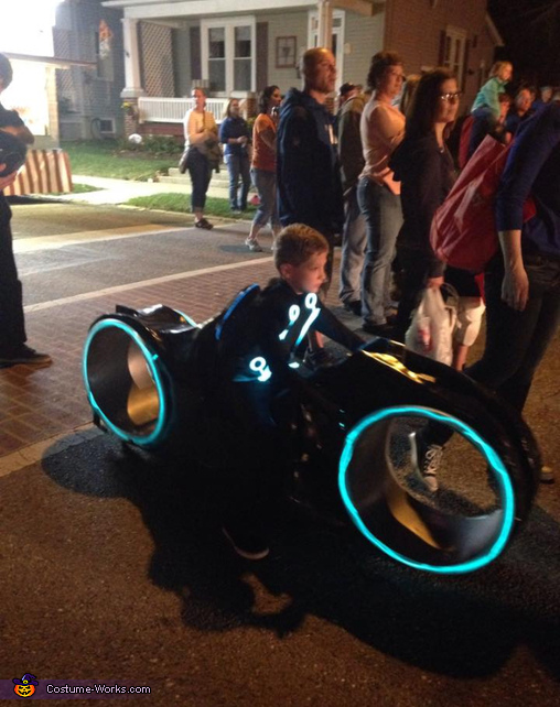 Tron Legacy Sam Flynn And Light Cycle Costume