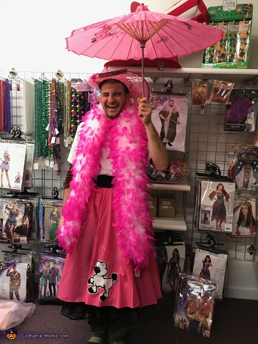 Trudy Powers goes to the Kentucky Derby Costume