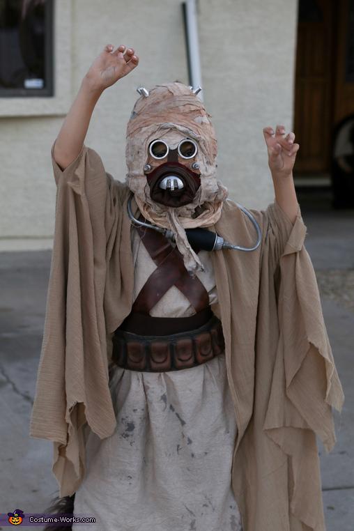 Tusken Raider, Tusken Raider riding a Bantha Costume