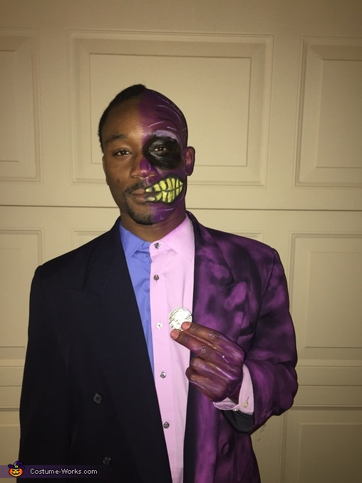 Do you feel lucky?, Two Face Costume