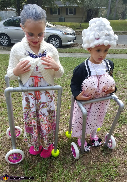 Two Litthe Ole Ladies Costume