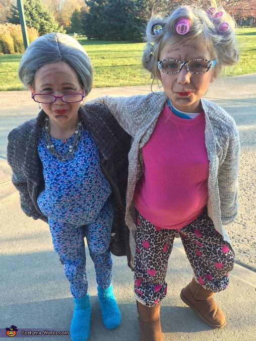 Close Up, Two Old Granny's Costume
