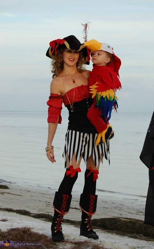 Pirate Mom and Parrot Son, Two Pirates and a Parrot Family Costume
