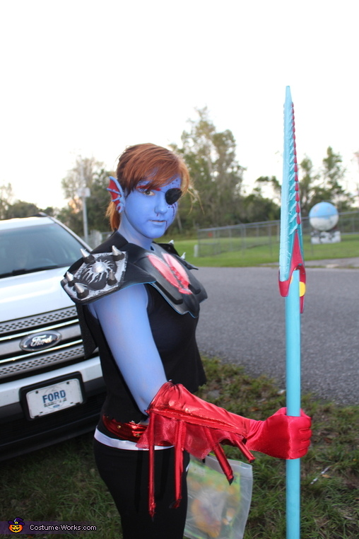 Are you seriuosly taking a picture of me, Underfell Undyne Costume