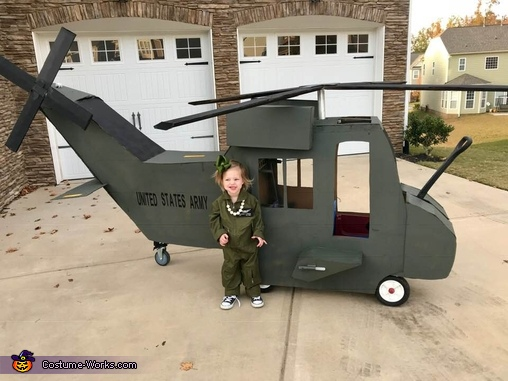 My niece is reporting for duty!, United States Army Black Hawk Pilots Costume