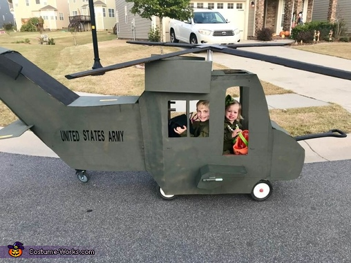 Off to go on Mission Halloween 2018!, United States Army Black Hawk Pilots Costume