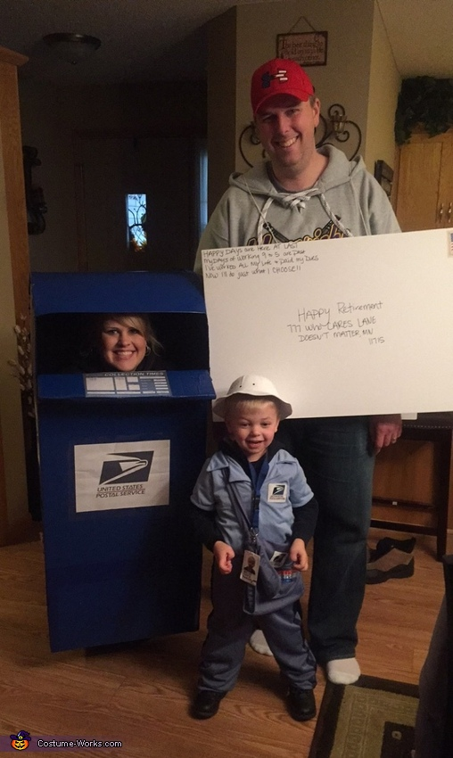 The whole ensemble, United States Postal Service Costume