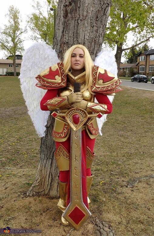 Unmasked Kayle Costume