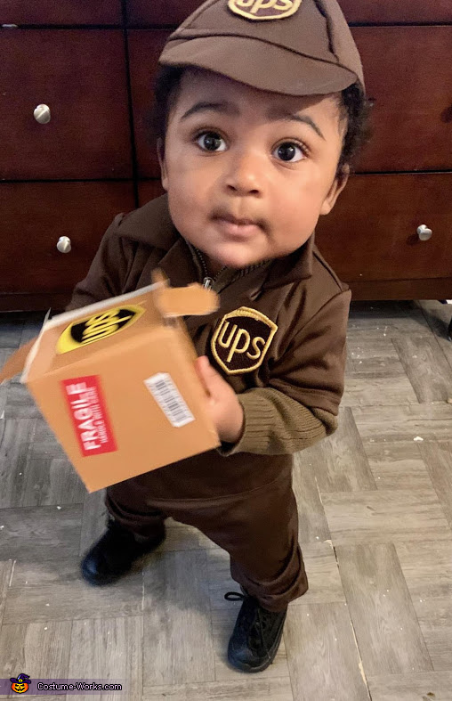 UPS Baby delivering Kisses Costume