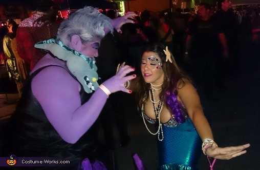this was another Ariel, who asked that I attack her in the pic, Ursula Costume