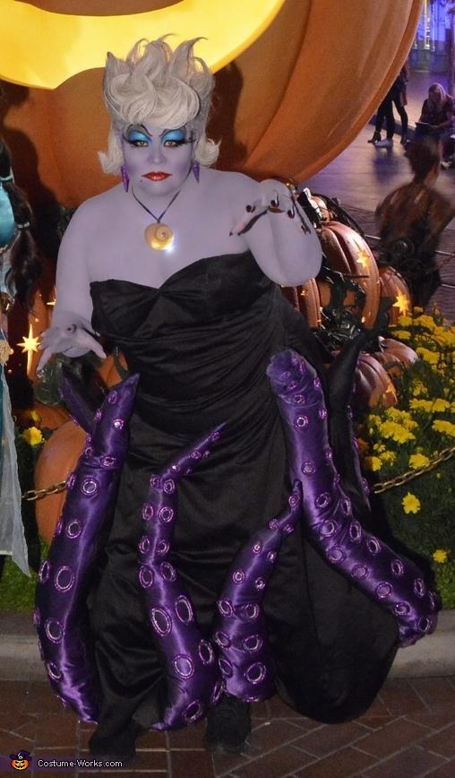Ursula with an attitude, Ursula Costume