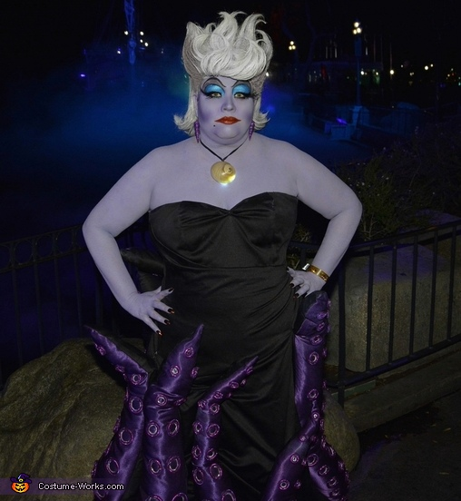 Ursula in front of the foggy waters, Ursula Costume