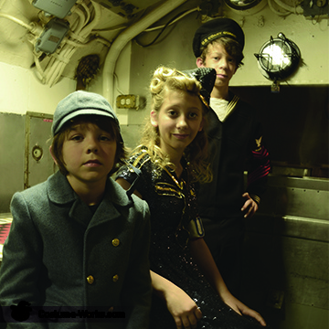 WWII USS Batfish, USO WWII Family Costume