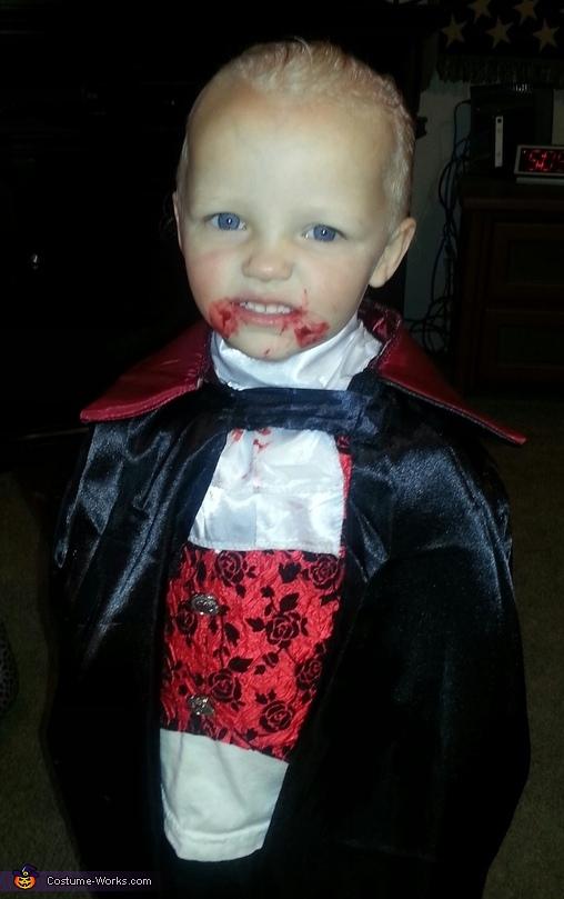 Vampire Chance Costume