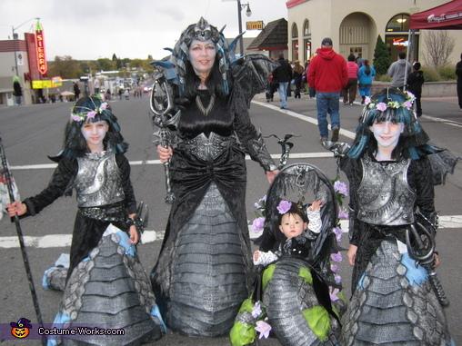 Vampire Nagas Costume