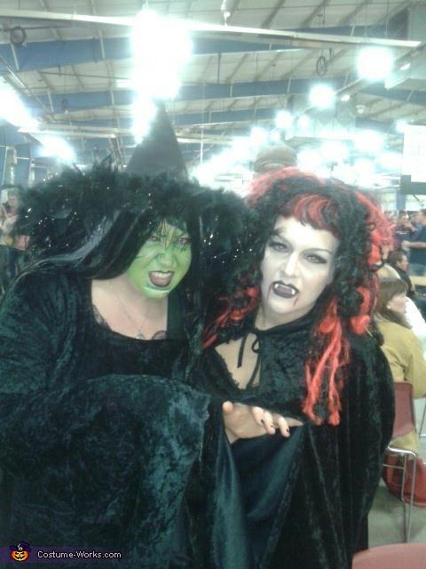 red & black wig , Vampiress Costume