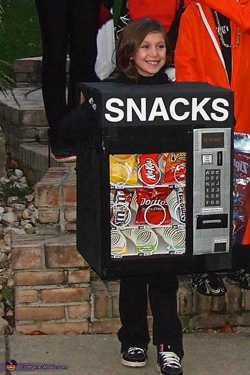 little vending machine 2, DIY Vending Machine Costume