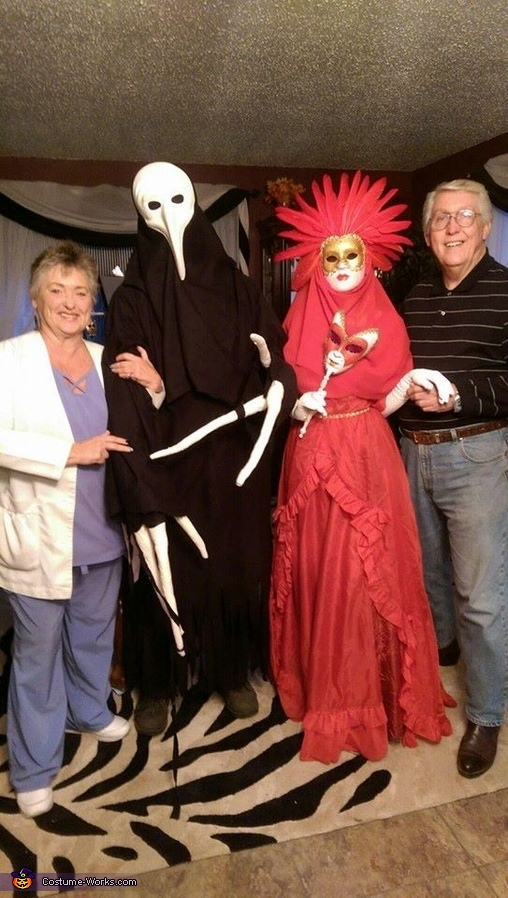 posing with family, Venetian Carnival Couple Costume