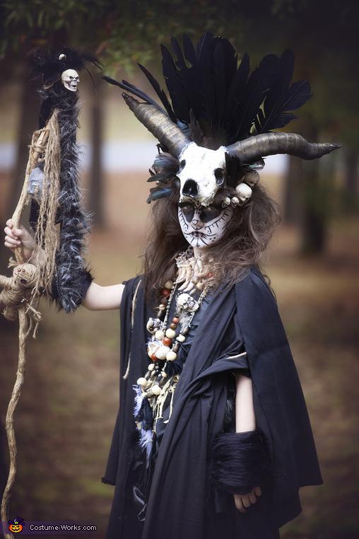 Mid View, VooDoo Priestess Costume