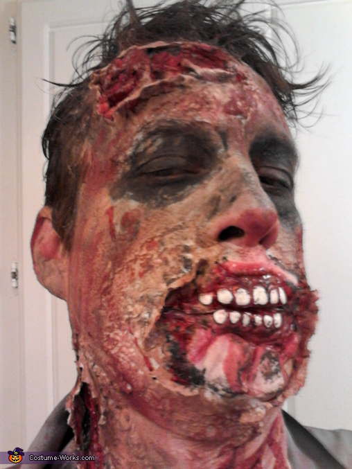 male close up, Walking Dead Costume