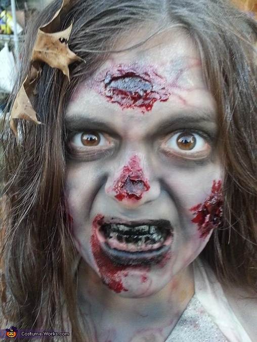 Walking Dead Girl, Walking Dead Girl Costume