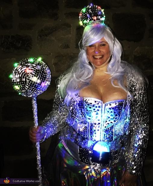 Walking Disco Queen Costume