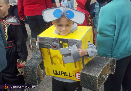 WALL-E - Homemade costumes for boys