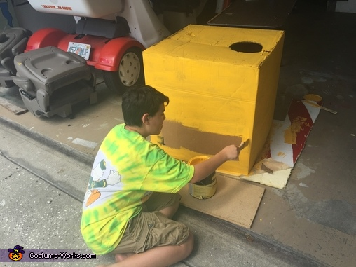 Patrick building Wall-e, Wall-E Costume