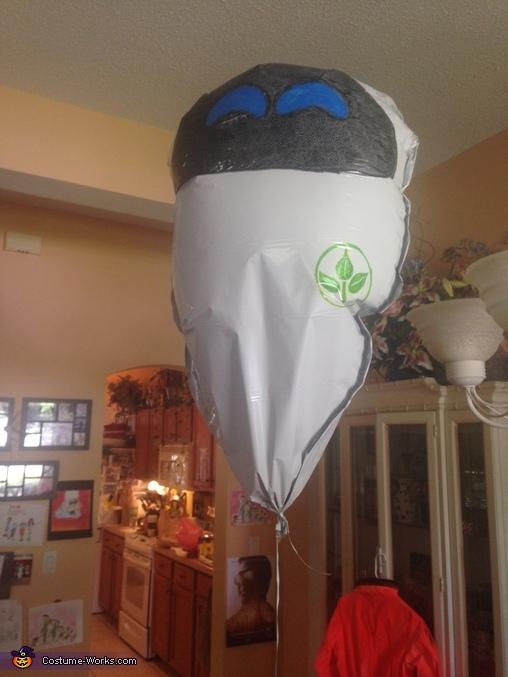 Eve - mylar balloon, Wall-E Costume