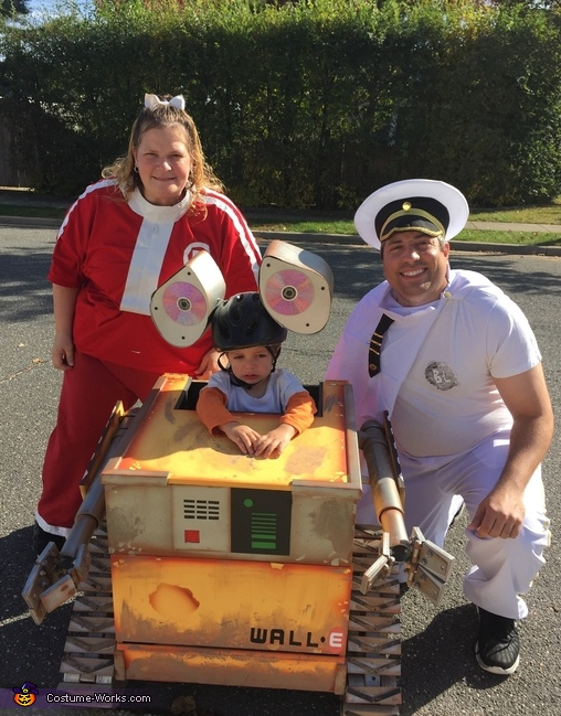 WALL-E Family Costume