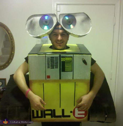 Wall.E - Homemade costumes for adults