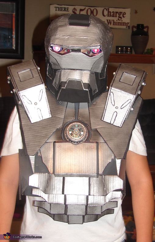 Construction, piece by piece, War Machine Ironman Costume