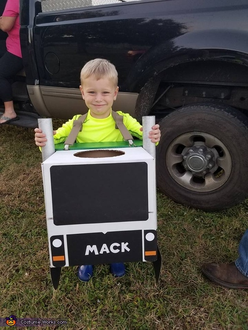 Waste Management Homemade Costume