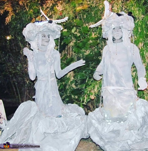 Water Fountain Statues Costume