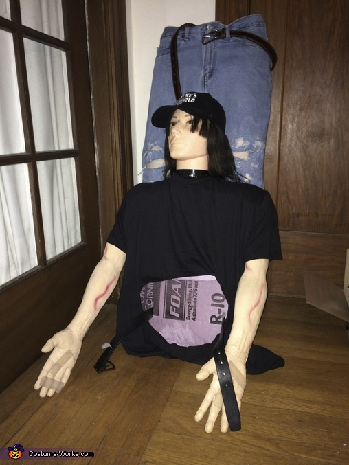 Wayne's upper body, Wayne's World Costume