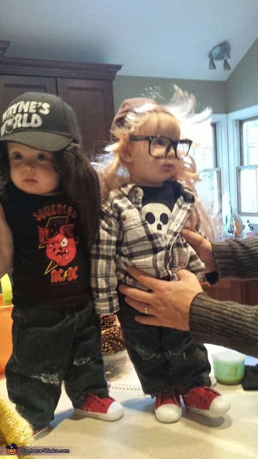 Party on, Garth!, Wayne's World Wayne & Garth Twin Babies Costume