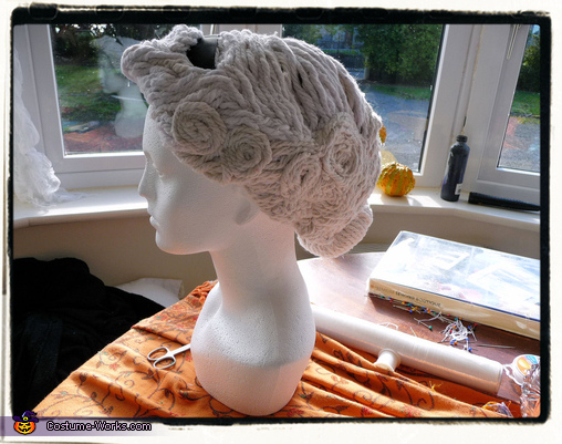 The Construction of the Angel Wig, Weeping Angel Girl Costume