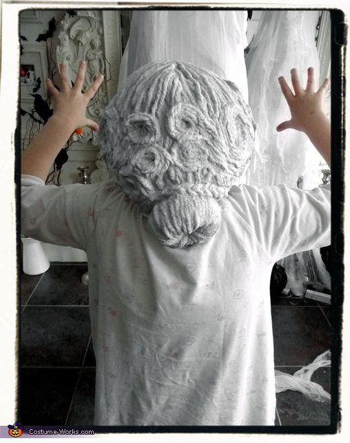 Lauren tries on her wig for the first time, Weeping Angel Girl Costume